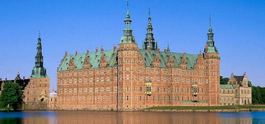 Castle Elsinore cruise port Denmark