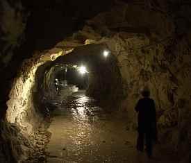 Oplyst gang i Mønsted Kalkgruber