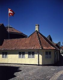 Det gule hjørnehus, Hans Christian           Andersen´s fødested Odense.